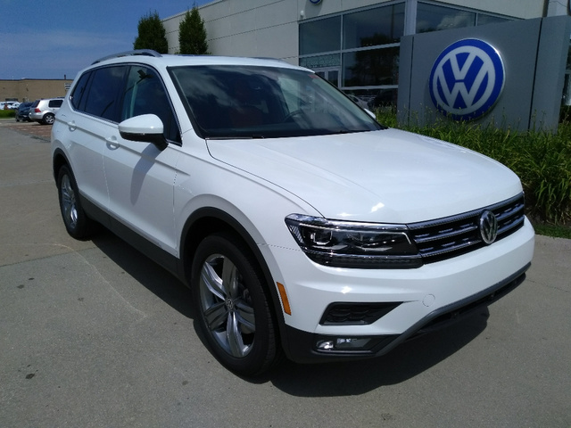 2019 Volkswagen Tiguan SEL Premium with 4MOTION®